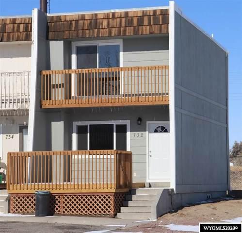 732 Badger Lane, Mills, WY 82644 (MLS #20206096) :: Real Estate Leaders