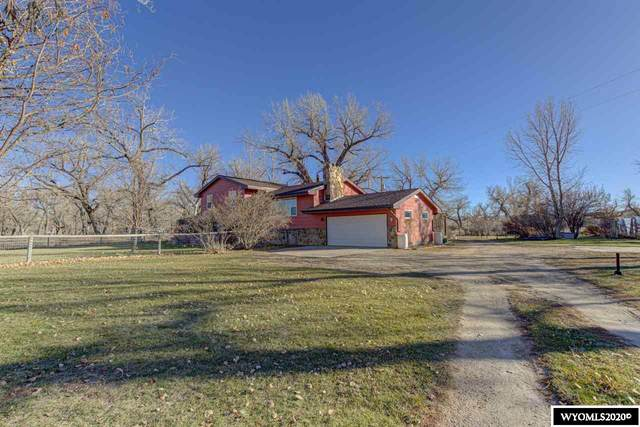 12263 Henrie Roadway, Evansville, WY 82636 (MLS #20206197) :: RE/MAX The Group
