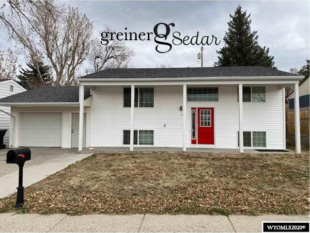1261 S Forest Dr Drive, Casper, WY 82609 (MLS #20206323) :: RE/MAX Horizon Realty