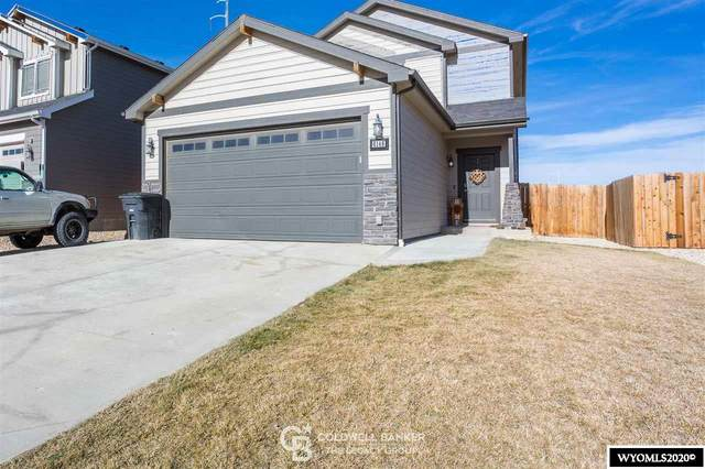 6146 Thunder Valley Road, Mills, WY 82604 (MLS #20206422) :: RE/MAX Horizon Realty