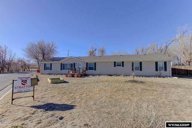 111 Platte Avenue, Mills, WY 82644 (MLS #20206581) :: RE/MAX Horizon Realty