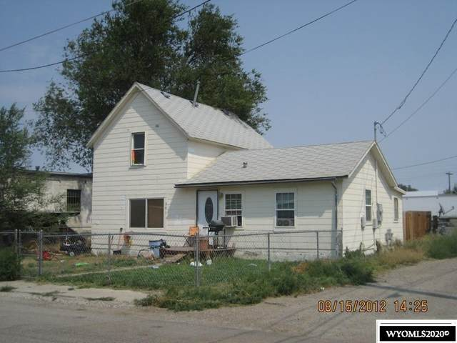 301 S 2nd Street, Worland, WY 82401 (MLS #20206607) :: RE/MAX The Group