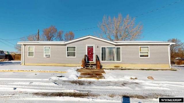 832 Walnut Street, Rock Springs, WY 82901 (MLS #20206941) :: Real Estate Leaders