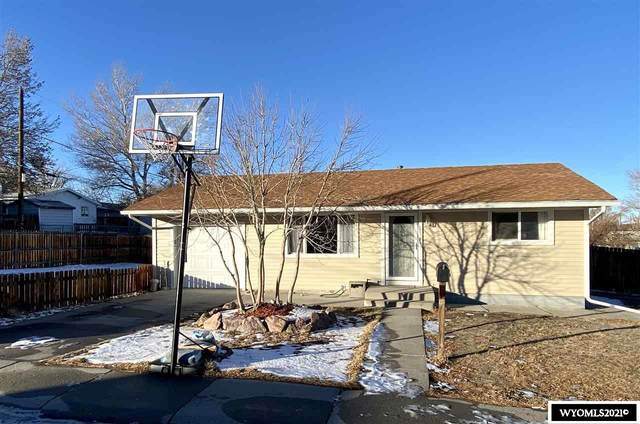 1050 E 22nd Street, Casper, WY 82609 (MLS #20206975) :: RE/MAX Horizon Realty