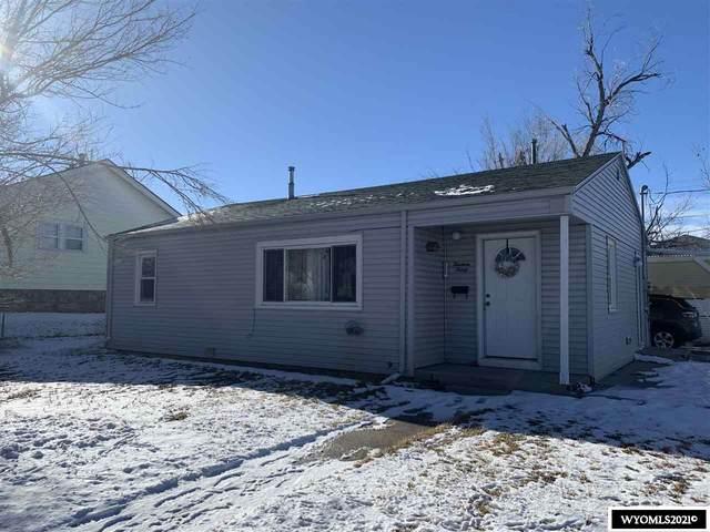 1330 S Melrose Street, Casper, WY 82601 (MLS #20210085) :: Real Estate Leaders
