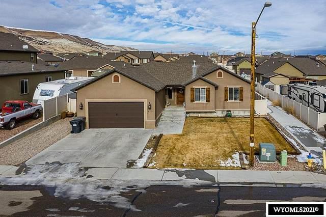 3401 Homestead Avenue, Rock Springs, WY 82901 (MLS #20210202) :: Real Estate Leaders