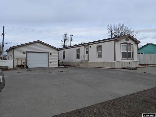 4540 E Highway Street, Mills, WY 82604 (MLS #20210214) :: RE/MAX The Group