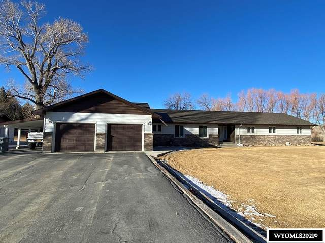 635 W Mountain View Drive, Riverton, WY 82501 (MLS #20210260) :: RE/MAX The Group