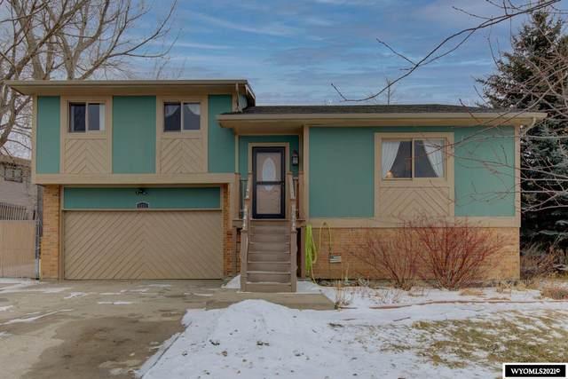 4911 S Ash Street, Casper, WY 82601 (MLS #20210412) :: Real Estate Leaders