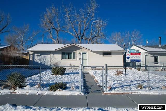 1544 Kearney, Casper, WY 82604 (MLS #20210421) :: Real Estate Leaders