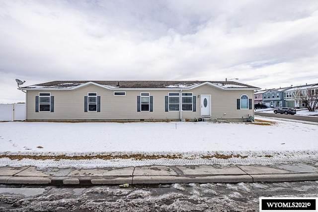 2031 Arthur Avenue, Rock Springs, WY 82901 (MLS #20210476) :: Lisa Burridge & Associates Real Estate