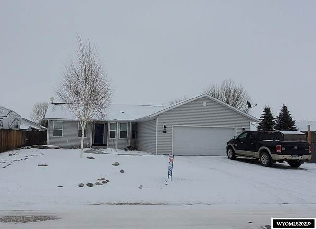 1113 Brownfield Rd, Douglas, WY 82633 (MLS #20210660) :: RE/MAX The Group