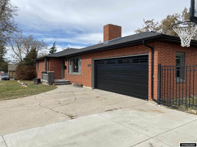 1100 Beaumont Drive, Casper, WY 82601 (MLS #20210949) :: Lisa Burridge & Associates Real Estate