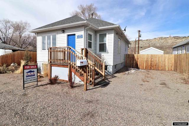 1010 Mccarty Avenue, Rock Springs, WY 82901 (MLS #20211228) :: Real Estate Leaders