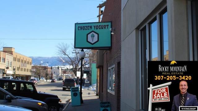 208 S Center St Street, Casper, WY 82601 (MLS #20211415) :: RE/MAX Horizon Realty