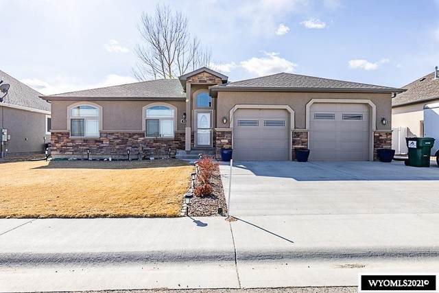 914 Winchester Boulevard, Rock Springs, WY 82901 (MLS #20211670) :: RE/MAX Horizon Realty