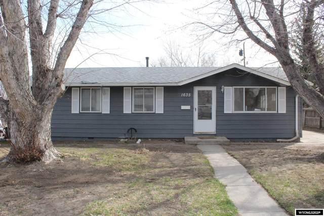 1635 Custer Avenue, Casper, WY 82604 (MLS #20211703) :: Lisa Burridge & Associates Real Estate