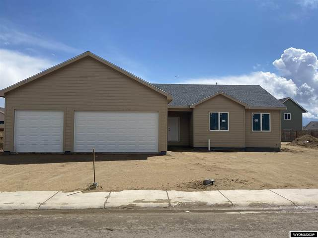 2143 Zuni, Bar Nunn, WY 82601 (MLS #20212262) :: Real Estate Leaders