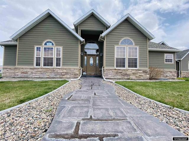 19 Hoya, Douglas, WY 82633 (MLS #20212271) :: RE/MAX Horizon Realty