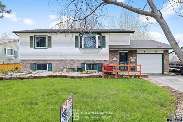 210 Bozeman Trail, Glenrock, WY 82637 (MLS #20212725) :: Broker One Real Estate