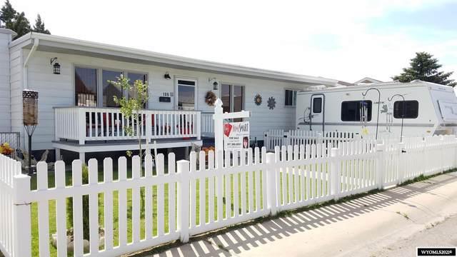 109 Bellview Drive, Rock Springs, WY 82901 (MLS #20212818) :: Real Estate Leaders