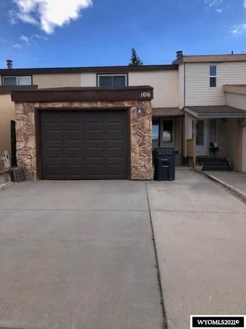 106 E Davis, Rawlins, WY 82301 (MLS #20212852) :: Broker One Real Estate