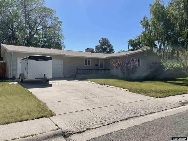 215 Valley Circle, Riverton, WY 82501 (MLS #20213266) :: Broker One Real Estate