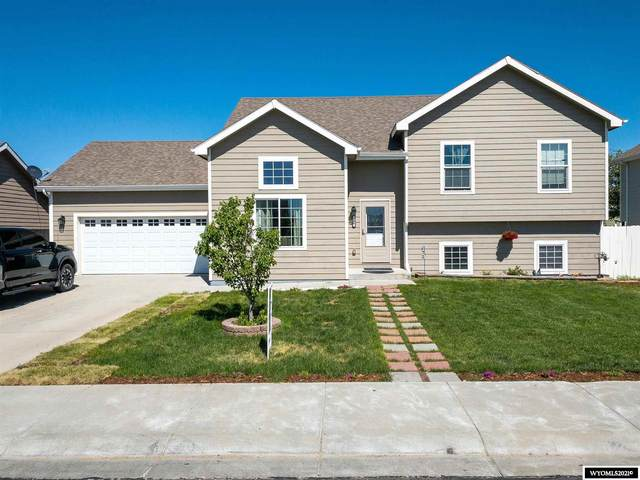 788 Reshaw Circle, Evansville, WY 82636 (MLS #20213554) :: RE/MAX The Group