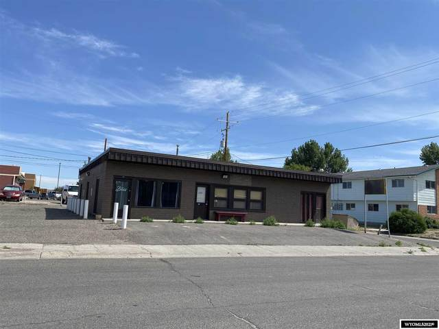 822 Forest Drive, Riverton, WY 82501 (MLS #20213811) :: RE/MAX The Group