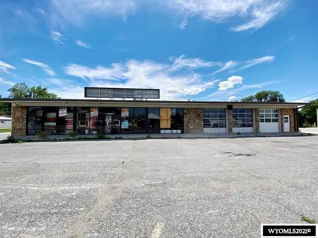 303 S Federal Boulevard, Riverton, WY 82501 (MLS #20213825) :: RE/MAX Horizon Realty