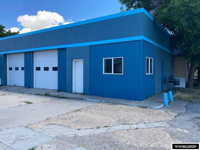 520 W Spruce Street, Rawlins, WY 82301 (MLS #20213891) :: RE/MAX The Group
