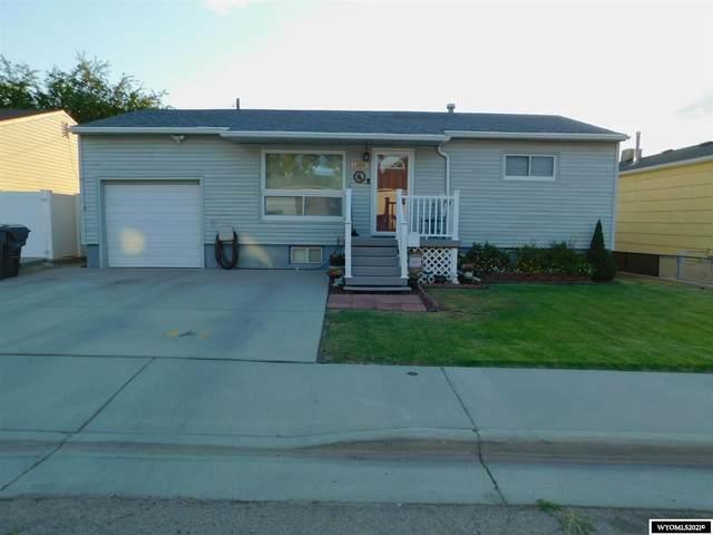 1108 Lincoln Avenue, Rock Springs, WY 82901 (MLS #20214173) :: Broker One Real Estate