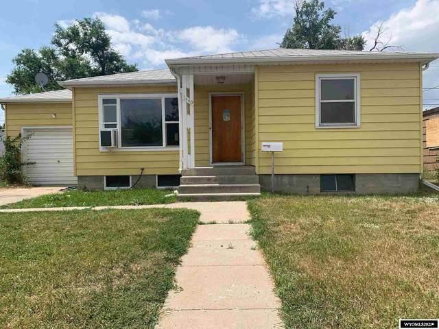 1440 S Jackson, Casper, WY 82601 (MLS #20214315) :: Real Estate Leaders