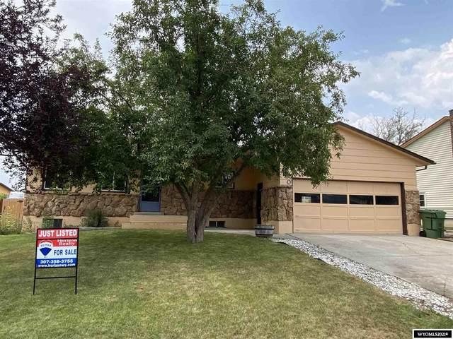 1020 Laredo Drive, Douglas, WY 82633 (MLS #20214595) :: Real Estate Leaders