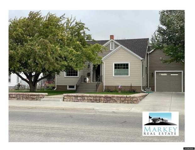 117 W Spruce St, Rawlins, WY 82301 (MLS #20215143) :: RE/MAX Horizon Realty