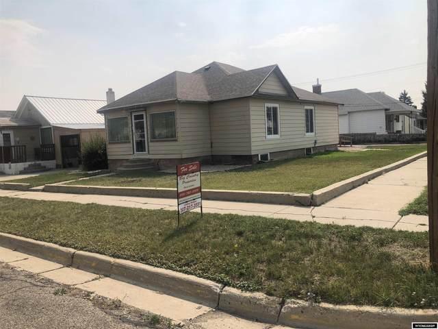 1121 Cedar Ave, Kemmerer, WY 83101 (MLS #20215226) :: Real Estate Leaders