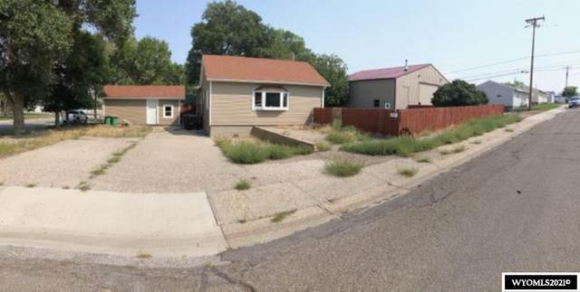 419 Utah Street, Rawlins, WY 82301 (MLS #20215291) :: RE/MAX Horizon Realty