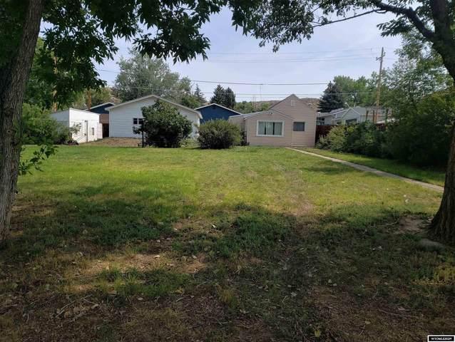 219 N 8th Street, Douglas, WY 82633 (MLS #20215387) :: RE/MAX Horizon Realty
