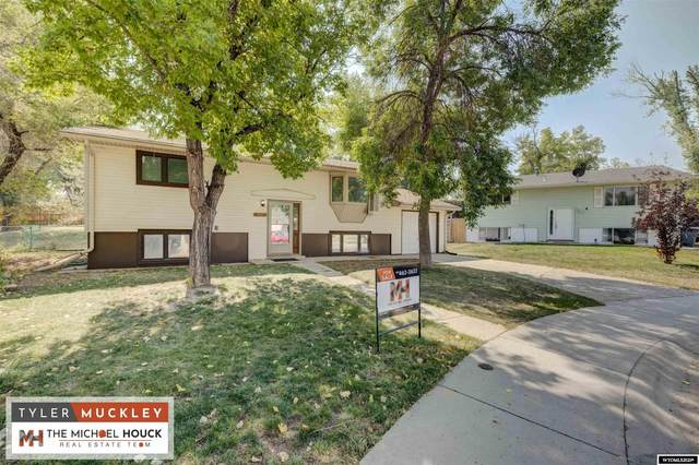 10 Embar Court, Glenrock, WY 82637 (MLS #20215489) :: Lisa Burridge & Associates Real Estate