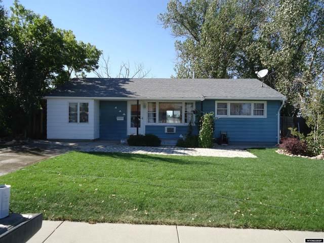 114 S. Utah Avenue, Casper, WY 82609 (MLS #20215596) :: Real Estate Leaders