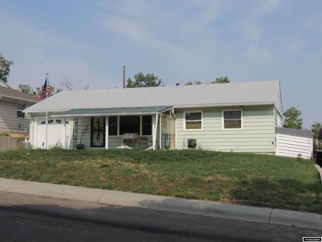 132 S Montana Avenue, Casper, WY 82609 (MLS #20215643) :: Real Estate Leaders