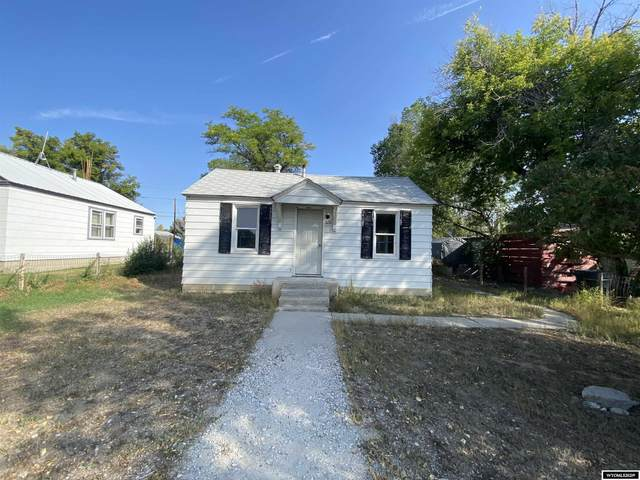 920 E Fremont Avenue, Riverton, WY 82501 (MLS #20215713) :: Real Estate Leaders