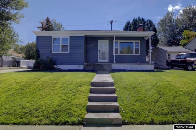 1721 Hyview Drive, Casper, WY 82604 (MLS #20215725) :: Real Estate Leaders