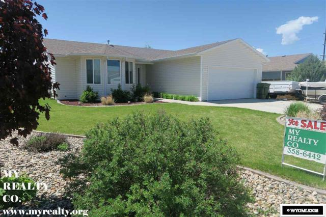 111 Bow Street, Douglas, WY 82633 (MLS #20181015) :: RE/MAX The Group
