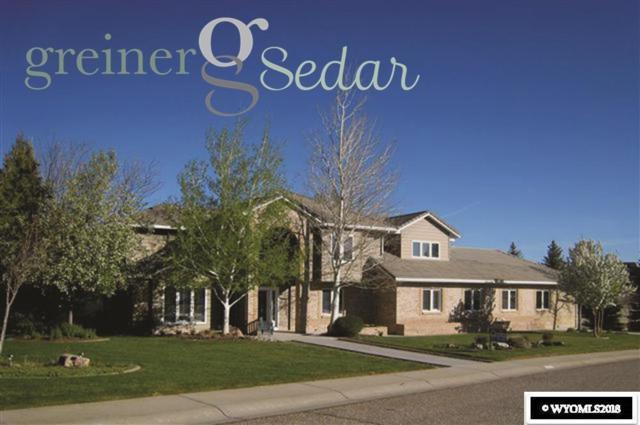 5800 S Cedar Street, Casper, WY 82601 (MLS #20181840) :: Real Estate Leaders