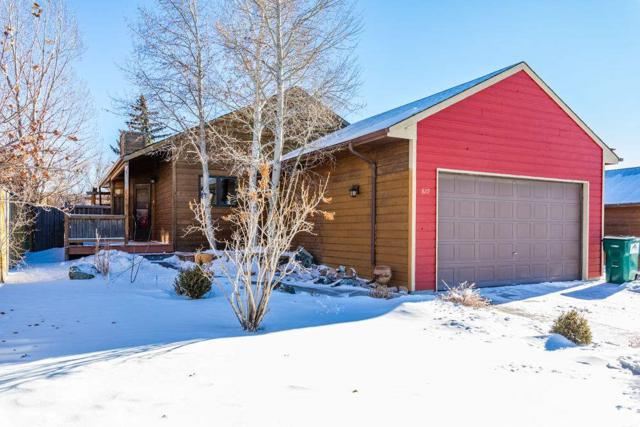 829 Burr Drive, Rock Springs, WY 82901 (MLS #20187170) :: RE/MAX The Group