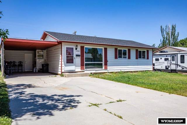1252 Lincoln Avenue, Rock Springs, WY 82901 (MLS #20194013) :: Real Estate Leaders
