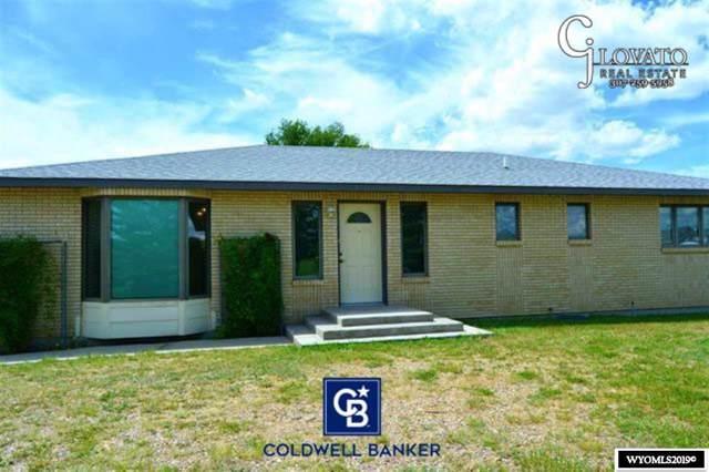 828 Buckskin Road, Evansville, WY 82636 (MLS #20194044) :: Lisa Burridge & Associates Real Estate