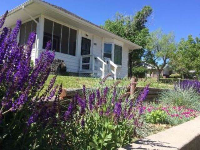 945 Arapahoe, Thermopolis, WY 82443 (MLS #20200026) :: RE/MAX The Group