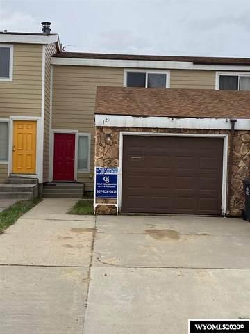 122 E Davis Street, Rawlins, WY 82301 (MLS #20202146) :: Real Estate Leaders